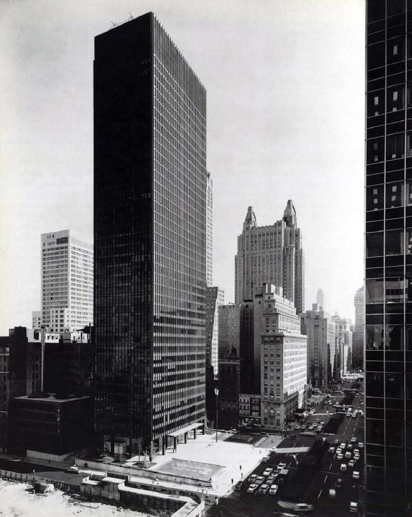 Rohe and Johnson, Segram Building(3) 1958 | Elam's Art/History