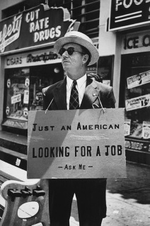 Carl Mydans (1907-2004); Unemployed in Hollywood in 1939; 1939, printed 1985; Gelatin silver print; Amon Carter Museum, Fort Worth, Texas, Gift of the artist; P1985.27.13